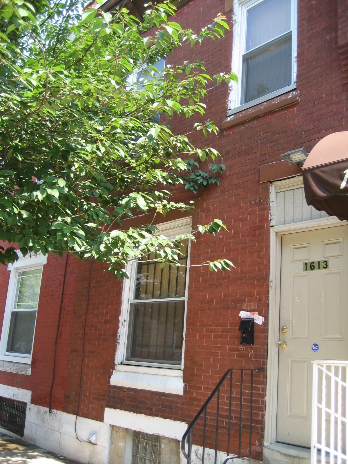 1613 Edgley Street
