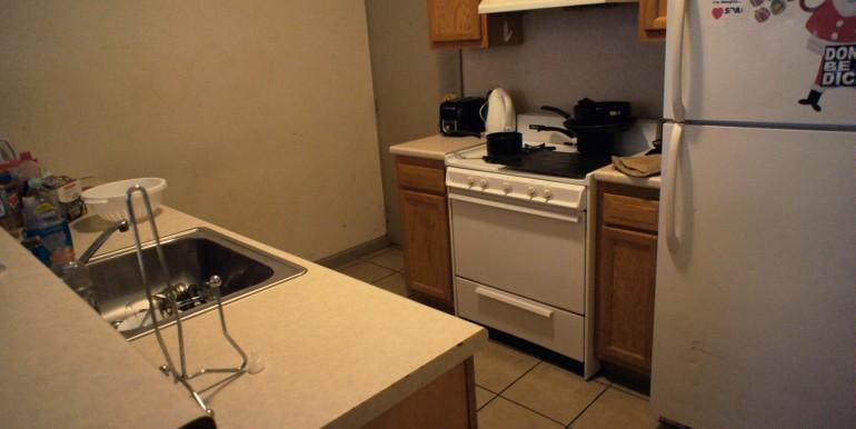 1712-1-kitchen2