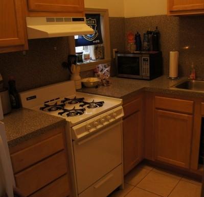 zsmall_Studio 10 Kitchen