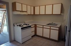1425-1f-kitchen