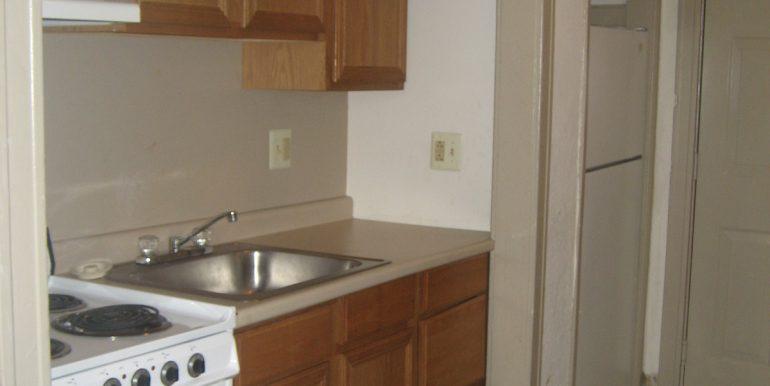 Antoinette 4E kitchen