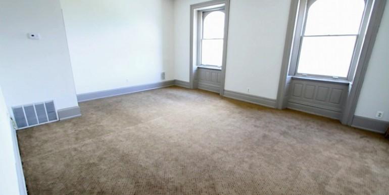 zsmall_living room